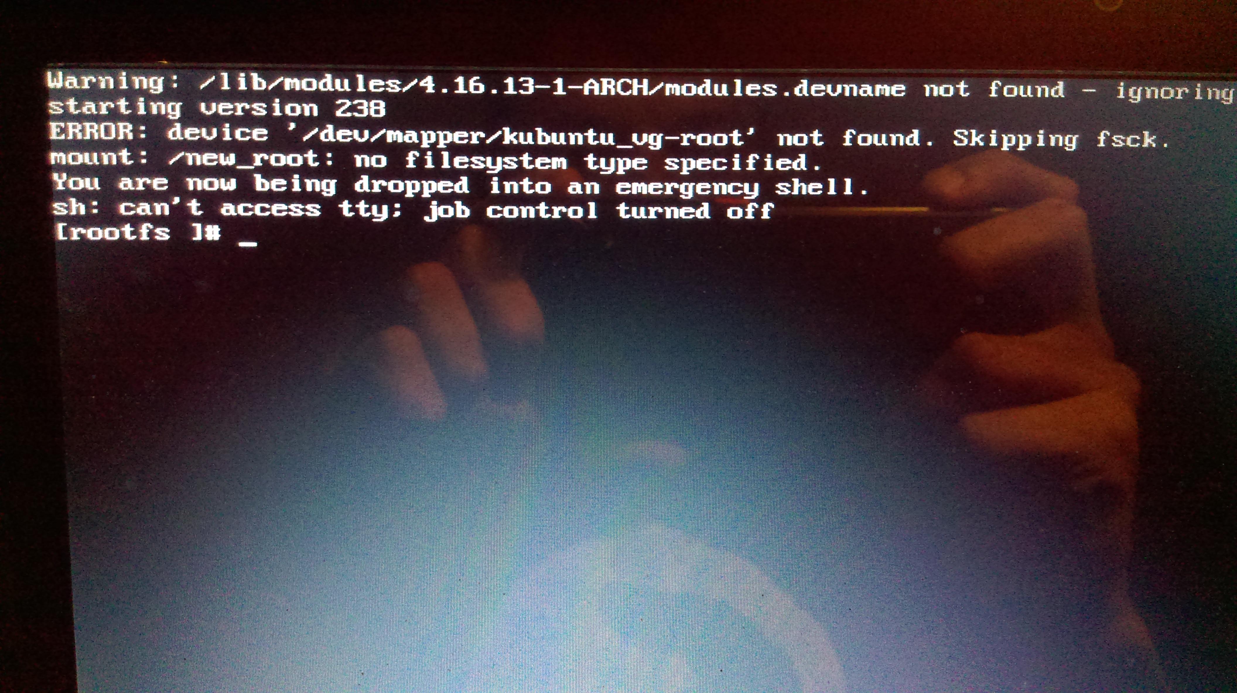 Linux: /lib/modules/4 16 13-1-ARCH/modules devname not found
